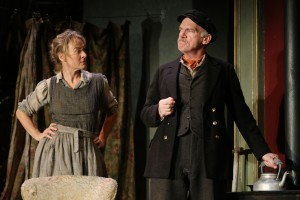 Niamh Cusack & Des McAleer in Juno and the Paycock (c) Stephen Vaughan